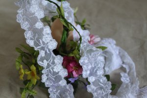 """Fabulous Lace Trim Embroidered Floral 1.57"""" Wide 1.2 yds Fast Shipping"""
