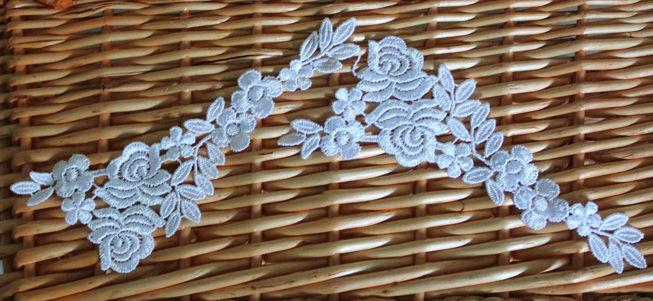 Lovely Venise Flowers Appliques Patches collars 1 pair Fast Shipping