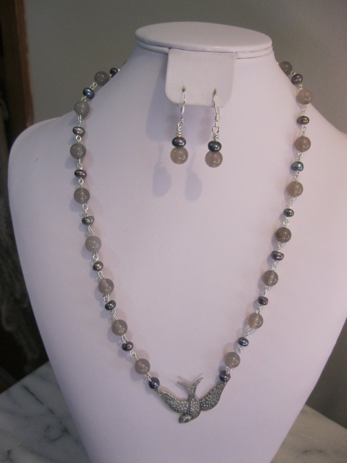 Sparrow and Pearls Jewelry Set