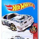Hot Wheels - '77 Pontiac Firebird: HW Flames #5/10 - #132/365 (2017) *White*