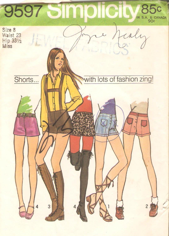 Simplicity 9597 (1971) Vintage Pattern Hip Hugger Short Shorts Suspenders Sie 8 Part Cut