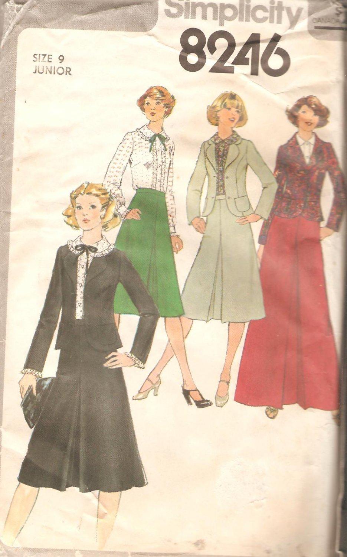 Simplicity 8246 (1977) Vintage Blouse Unlined Jacket Front Pleat Skirt Pattern Size 9 Junior Uncut