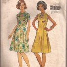 Simplicity 5678 (1973) Vintage Princess Seam Keyhole Neck Dress Pattern Size 14 CUT