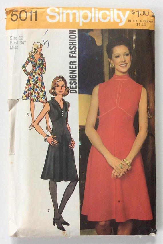 Simplicity 5011 ( 1972) Vintage Designer Fashion Empire Dress Pattern Size 10 UNCUT