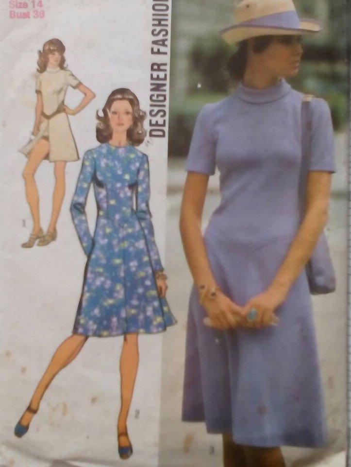 Simplicity 9758 (1971) Designer Fashion Dress Shorts Pattern Size 10 UNCUT