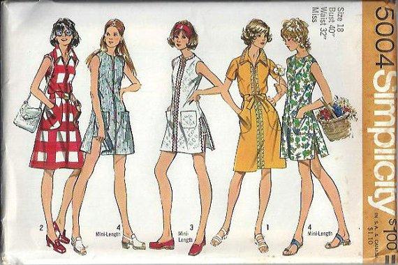 Simplicity 5004 (1972) Vintage Dress Tunic Top Shorts Pattern Size 10 UNCUT