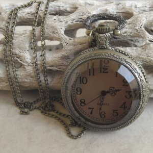 Beveled Glass Face Pocket Watch With Chain