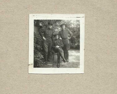 THREE SOVIET SOLDIERS PHOTOGRAPH WITH PERSONAL MESSAGE JUNE 1946 BUDAPEST
