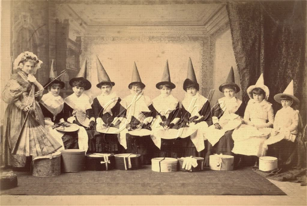 VINTAGE WITCH HALLOWEEN WICCA PHOTO CANVAS ART- LARGE