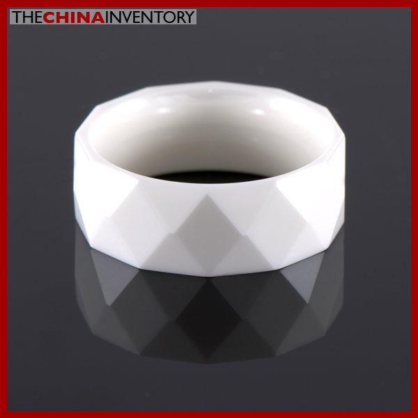 SIZE 8 MILKY CERAMIC FACETED WEDDING BAND RING R0902
