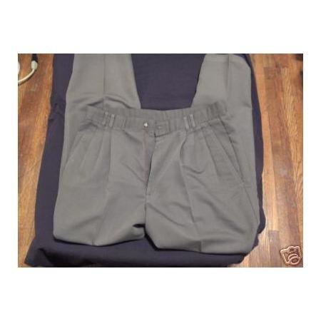 John Weitz Olive green pleated dress pants 34 x 30