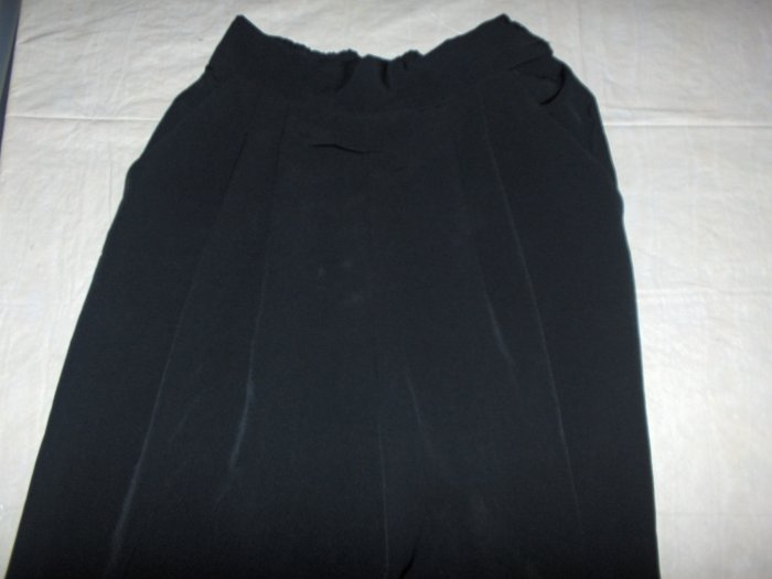 New Editions Black pleated slacks/pants sz 8