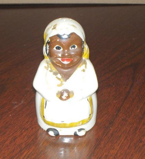 Black mammy salt OR pepper~vintage