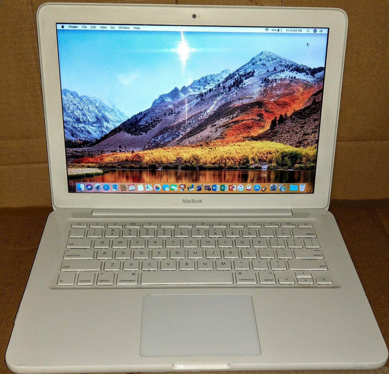 MacBook 13, White, 2.4GHz, 4GB, 250GB, iLife '19, 10.13 High-Sierra, MC516LL/A