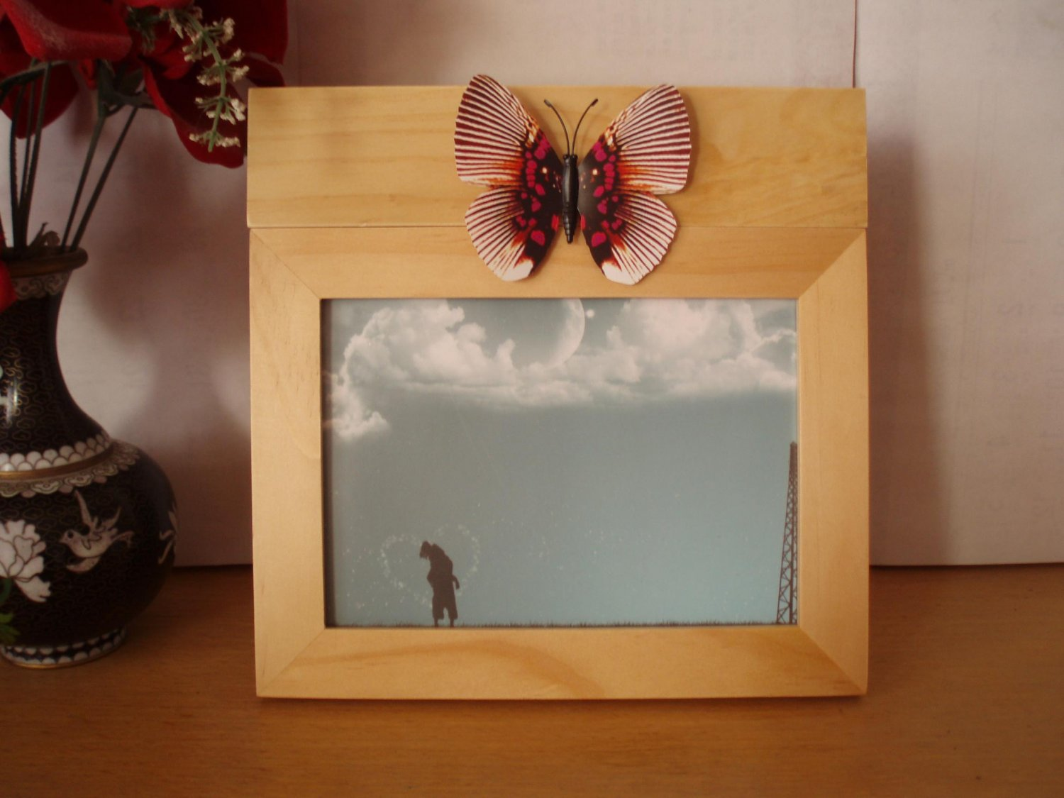 2Pcs.Changeable in Shape 5'x7' Wood Photo Frame With Butterfly Decoration