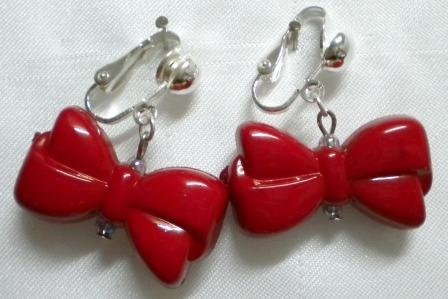 Red bow clip on earring