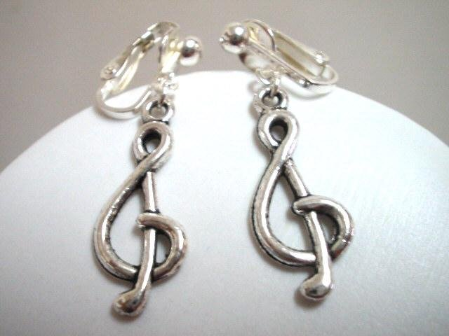Music clef note notation charm dangle clip on earring