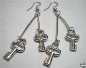 Girl jewelry key charm silver plated dangle earring