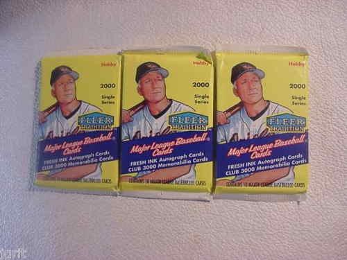 3 new 2000 FLEER TRADITION baseball HOBBY PACK - sealed