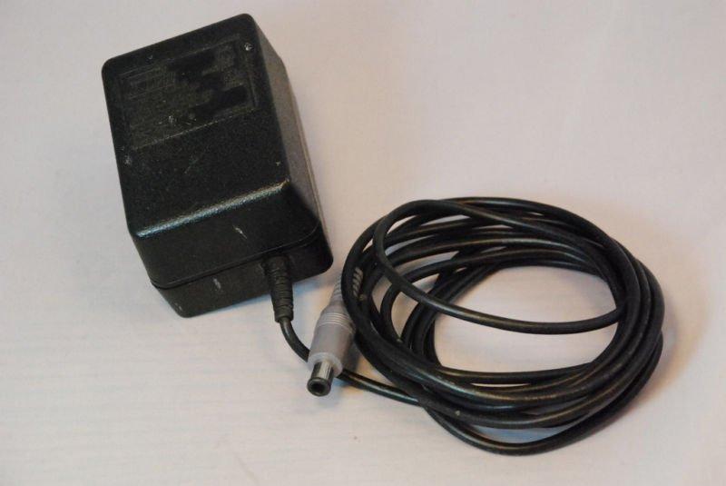 10v DC SNS 002 ADAPTER Nintendo 001 101 Virtual Boy NES