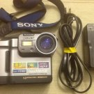"Sony MVC FD88 floppy disk 3.5"" Digital Mavica Camera w/EXTRAS"