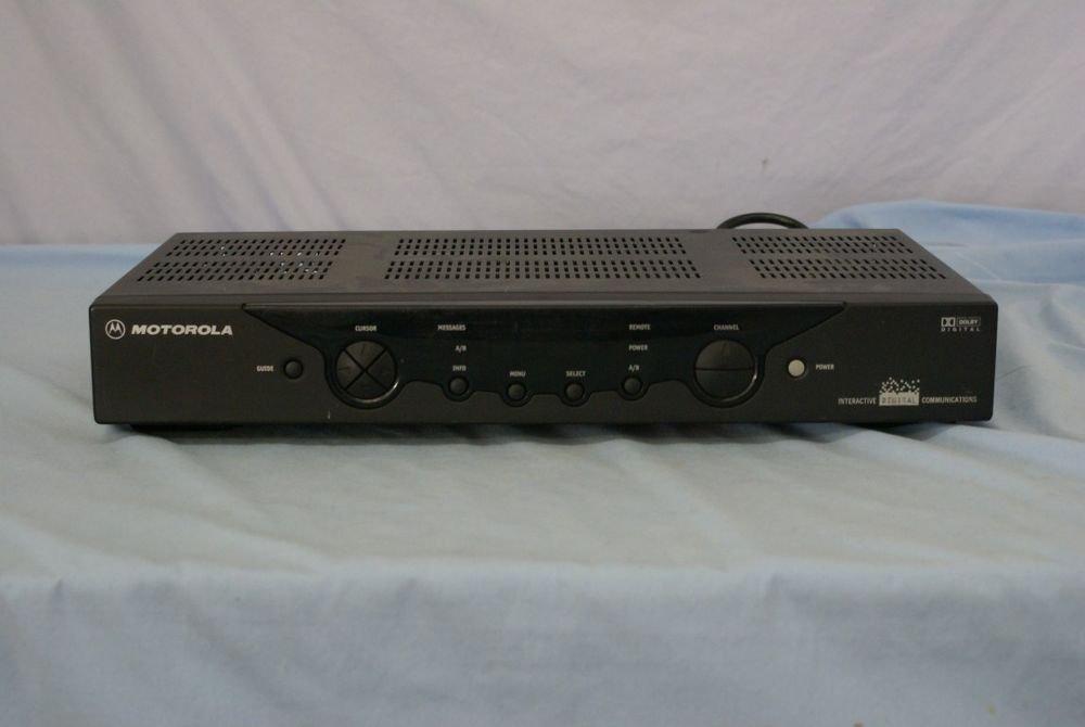 Motorola DCT2224 CATV Digital Cable Box console tv console vcr converter used