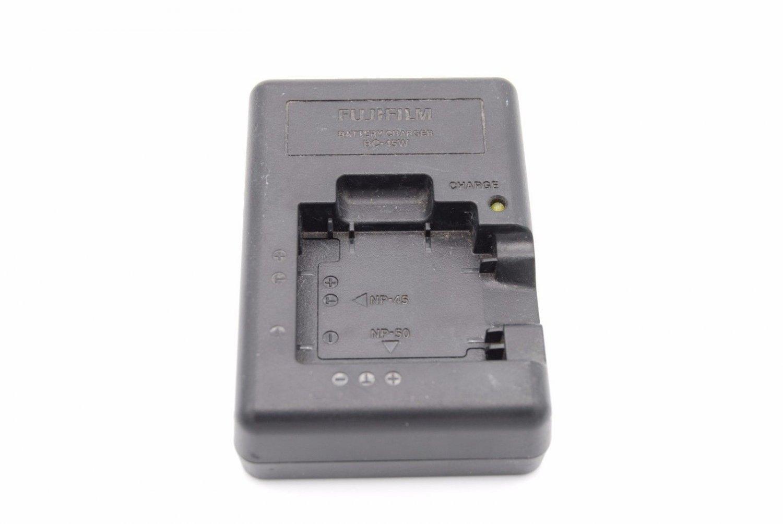 FUJIFILM NP 45W BATTERY CHARGER FinePix camera wall cord plug