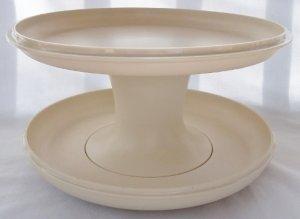 Vintage Almond Tupperware Serve-It-All Set