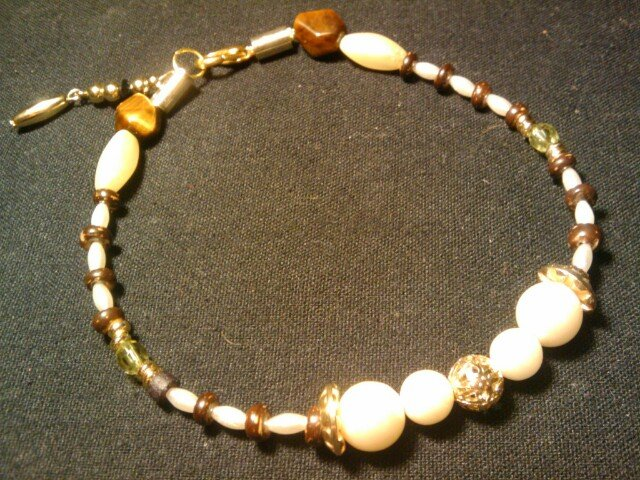 """handcrafted 10"""" touch of class fashion anklet"""