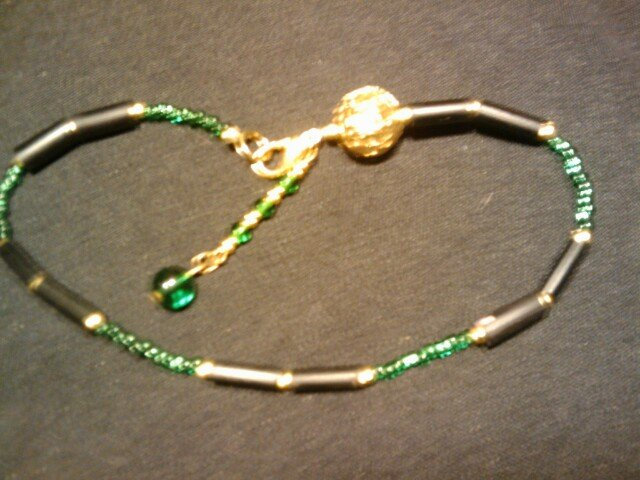 """handcrafted emerald green 10"""" fashion anklet"""