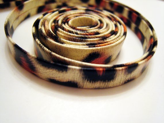 1 Meter ( 1 Yard ) of 6.5mm Leopard Line ( Cream Black Orange ) Flat Leather Like Cord