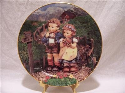 """HUMMEL """"Country Crossroads"""" Collector Plate"""