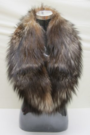 GORGEOUS NATURAL CRYSTAL FOX SCARF/COLLAR-21421 (SIZE F)