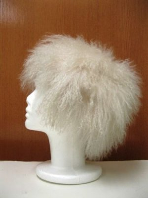 CHIC & CUTE WHITE TIBET LAMB CAP (TB-1)