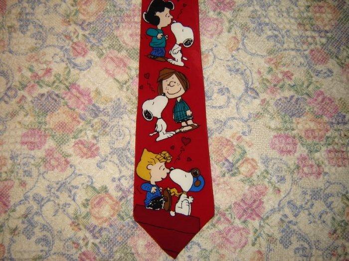 Mens Snoopy & Friends Peanuts Valentines Day Silk Tie