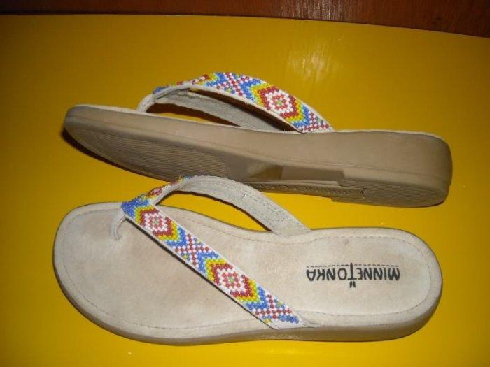 Womens Minnetonka Beaded Thong Sandals 7