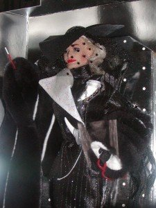 Disney 101 Dalmation Cruella De Vil Barbie Doll Nrfb Great