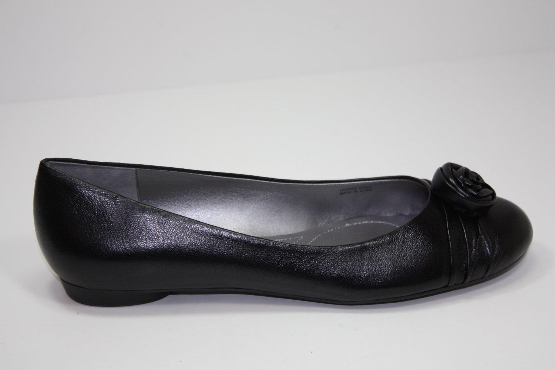 Elie Tahari Reese Flats Black Shoes US 9.5 $89