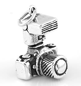 SILVER SILVER PHOTOGRAPHER'S CAMERA CHARM/ PENDANT