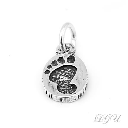 BRAND NEW STERLING SILVER FOOTPRINT CHARM/PENDANT