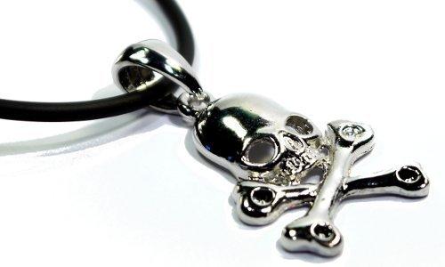Skull and cross bones necklace