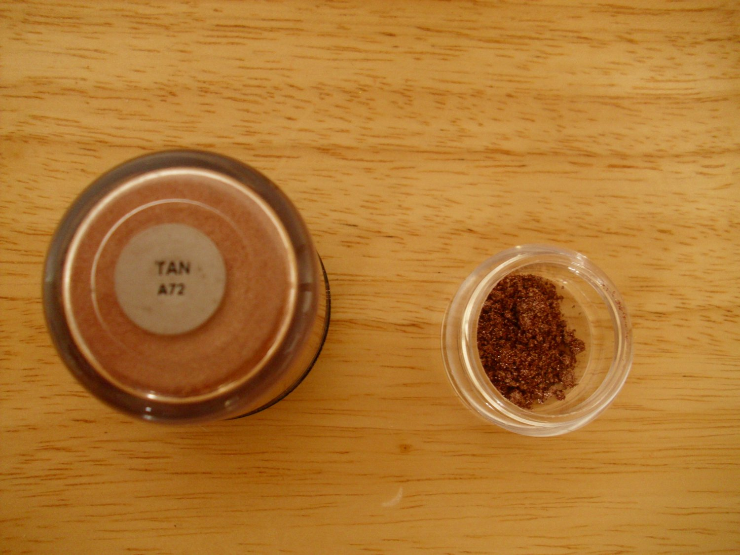 MAC Pigment Sample Tan