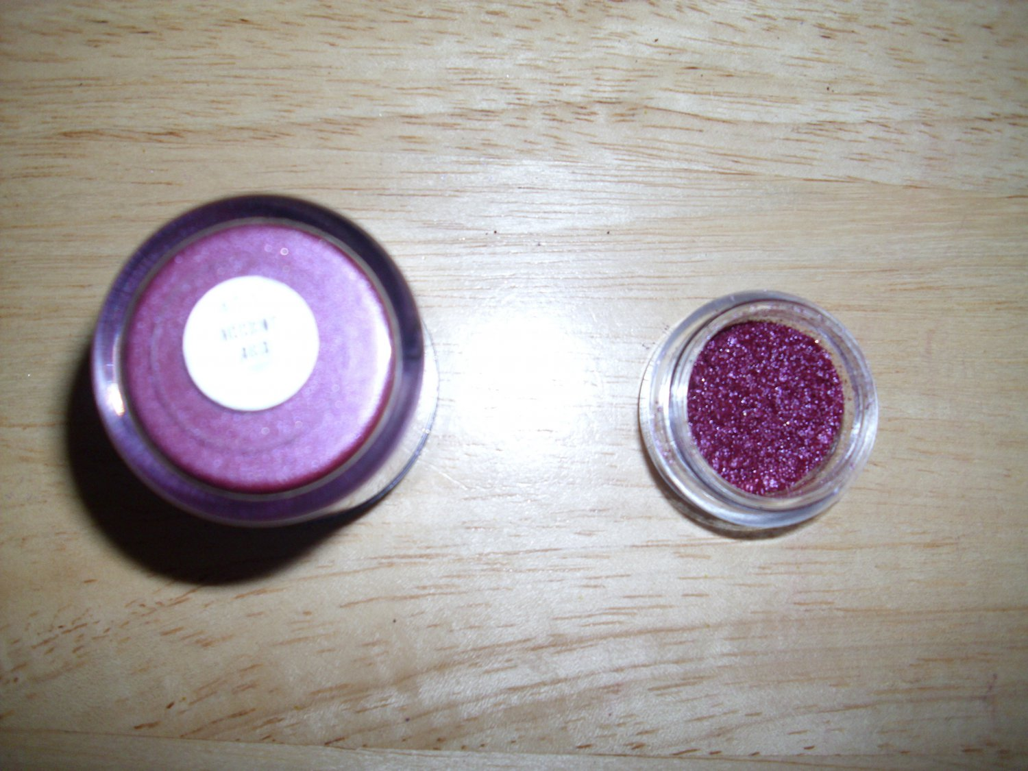 MAC Pigment Sample Accent Red