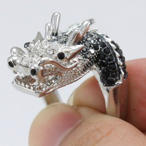 Rhinestone Crystals New Pretty Vogue Black Dragon Cocktail Ring 9#