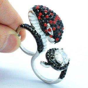 Hi-Quality Black Swarovski Crystals Cobra Snake Cocktail Ring W/ Zircon 70702