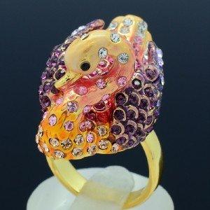 18KGP Lovely Purple Swan Cocktail Ring Sz Adjustable W/ Swarovski Crystals