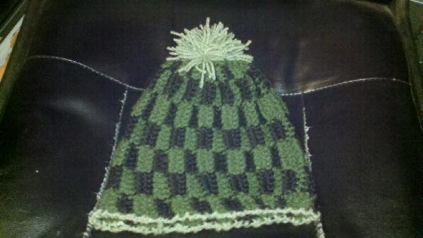 """CROCHET HAT TO FIT CHILD OR ADULT WITH 23"""" HEAD"""