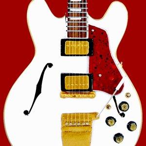 Alex Lifeson Guitar Miniature Colectible RUSH ES 335 White