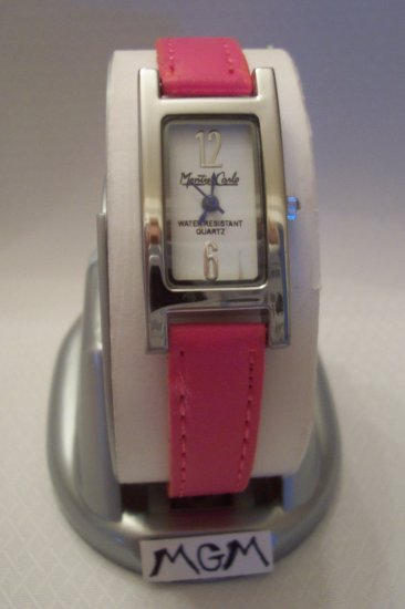 Woman watch w/ pink bracelet