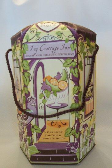 Women's Spa Bath Gift Set -Ivy Cottage Inn Collection -Jaqua